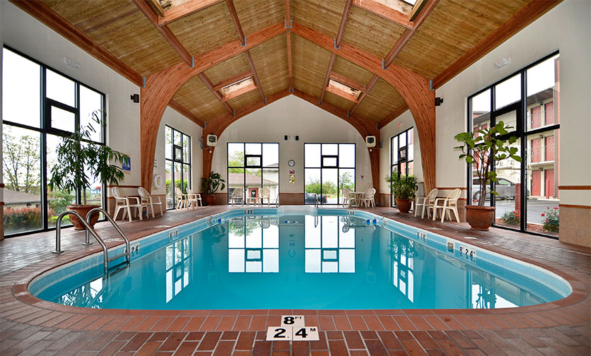 Branson Hotels with Saltwater Pools