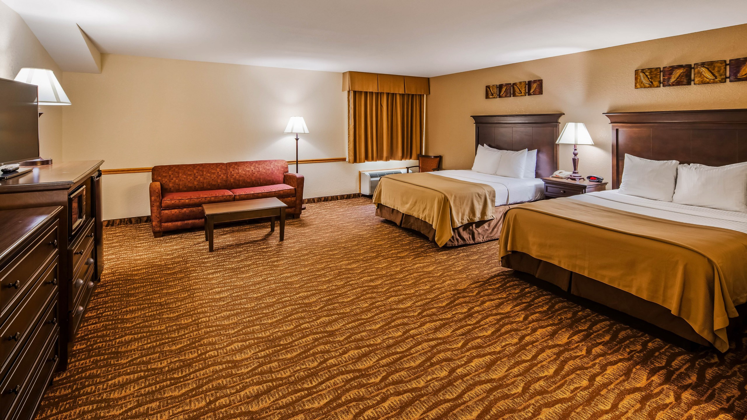 Best Western Center Pointe Inn Family Suite 1