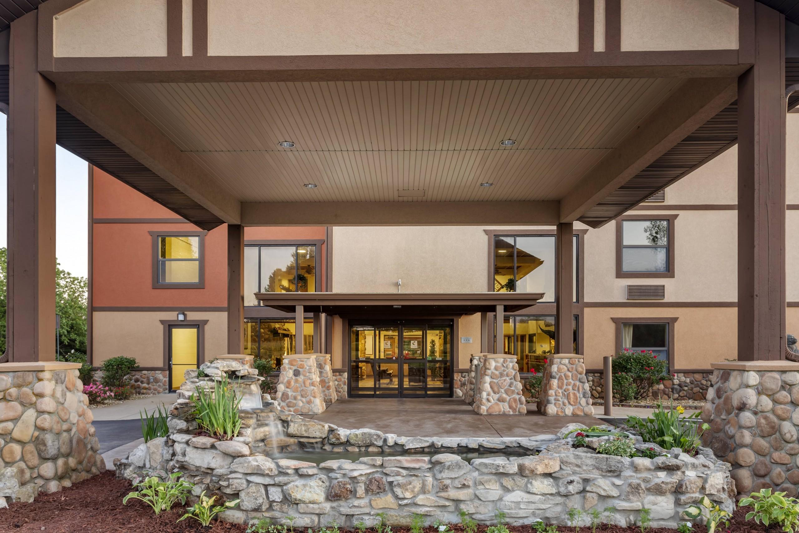 Comfort Inn & Suites Branson Meadows Entry