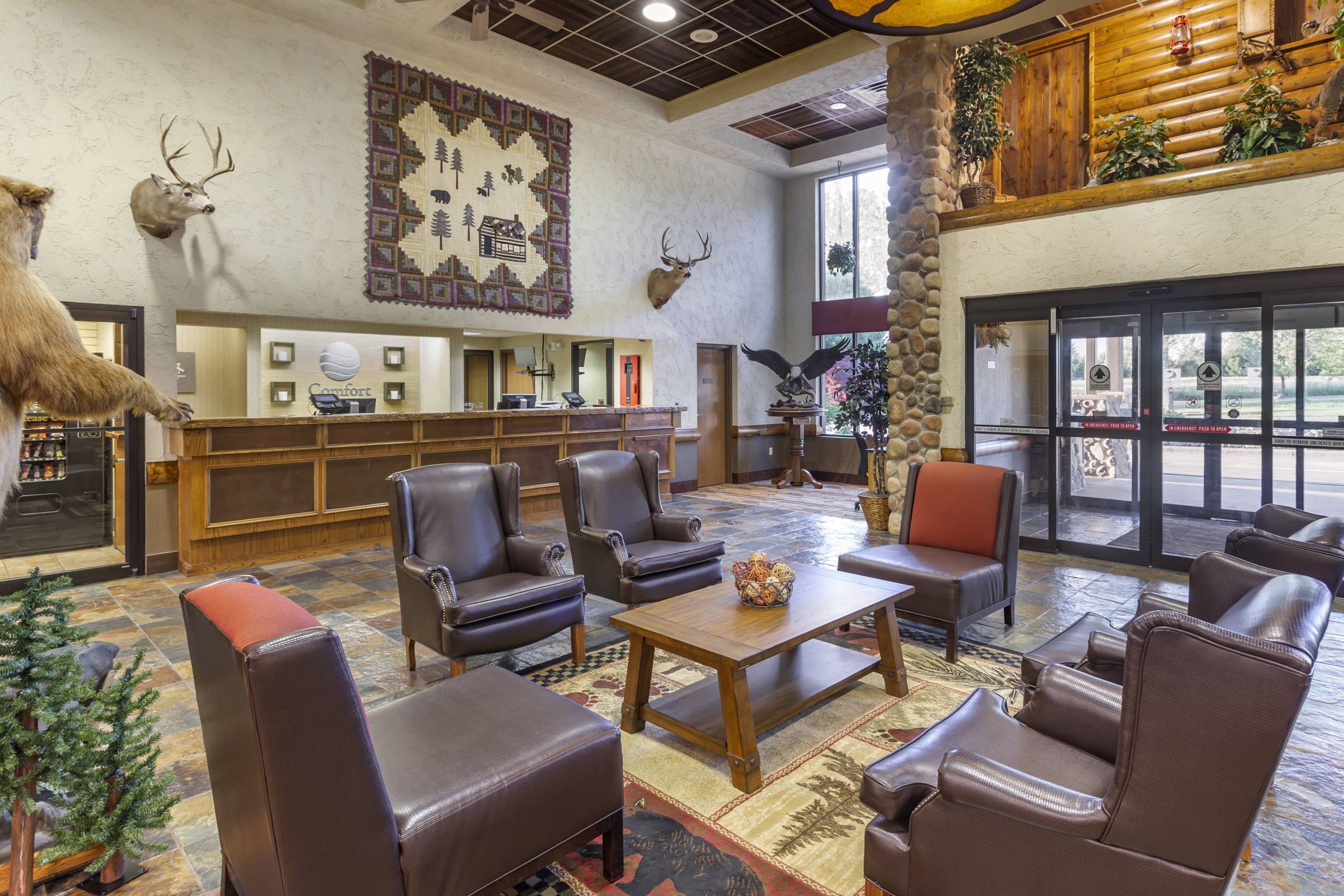 Branson Mo Comfort inn and suites Lobby