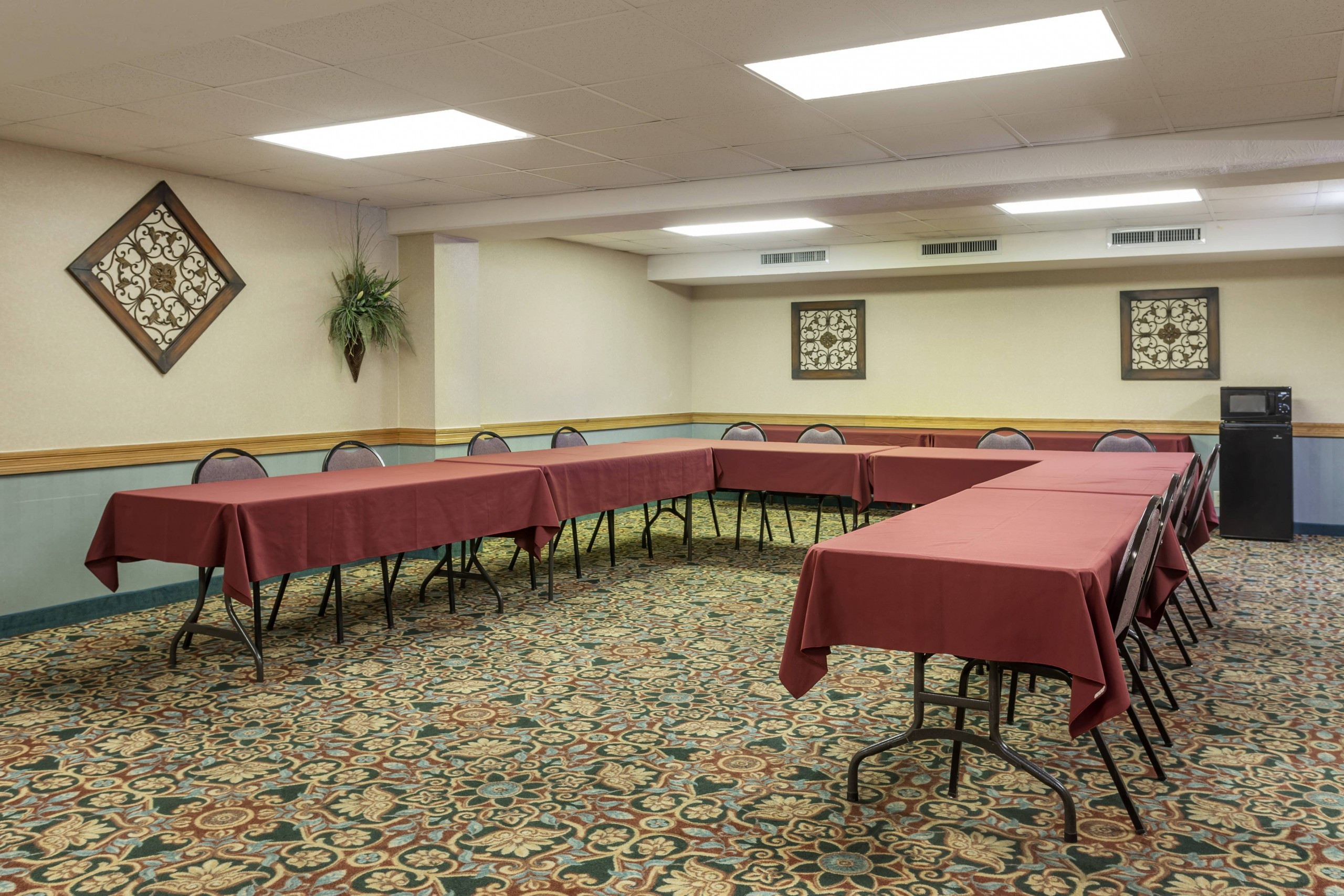 Comfort Inn Thousand Hills Meeting Space for Groups